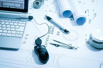 Konstruktion, technische Zeichnung , Symbolfoto