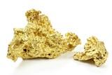 Goldnuggets aus Queensland/ Australien isoliert auf weißem Hintergrund