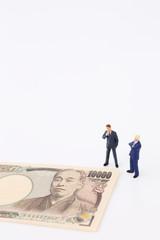 お金とビジネスマン