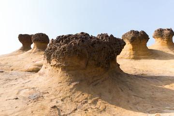 mushroom shape rocks in Yehliu geopark
