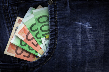 Euro in jeans