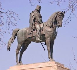 statua equestre dell'eroe italiano giuseppe garibaldi