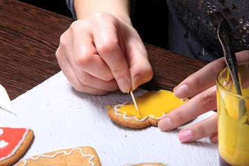 hand-painted ginger cookies