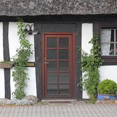 Haustür eines Fachwerkhauses in Mecklenburg