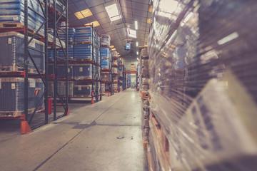 cartons et marchandise industrielle