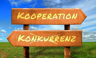 Strassenschild 33 - Kooperation