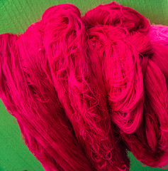 bright pink cotton thread for weaving