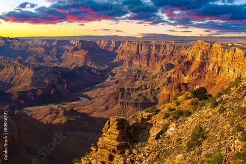 Fototapeta Majestic Vista of the Grand Canyon at Dusk