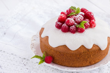raspberry cake with sugar icing