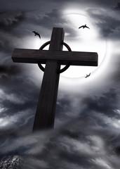 Kreuz, Kirchenkreuz bei Mondschein in der Nacht
