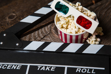 Popcorn, stereo glasses. The Cinema