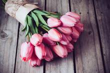 "Постер, картина, фотообои ""fresh spring pink tulips"""