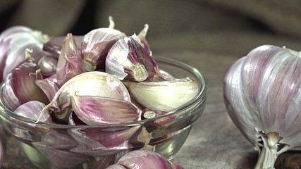Fresh Garlic (not seamless loopable) as 4K UHD footage