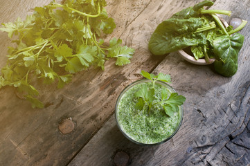 detox smoothie with green leaves flare effect applied