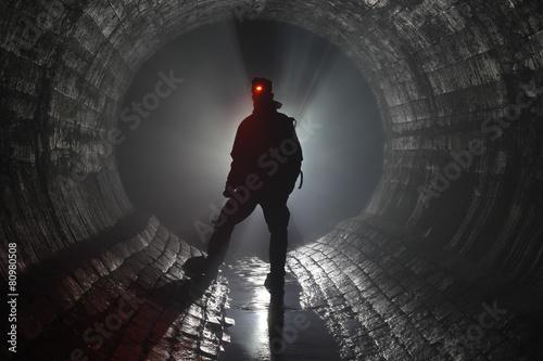 Spoed canvasdoek 2cm dik Tunnel Подземная река
