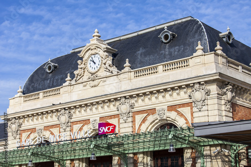 Aluminium Treinstation Nice, France. Architectural details of the historical building