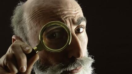 Private eye magnifying lens dark