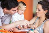 Leyendo con papá y mamá