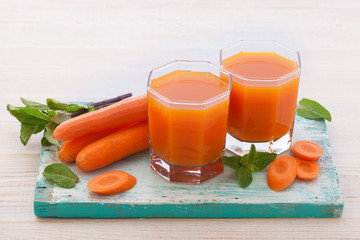 Carrot Juice and vegetables