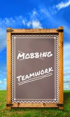 Strassenschild 34 - Mobbing