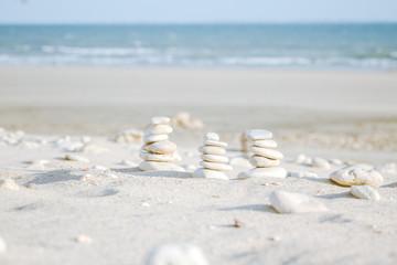 cailloux zen sur plage