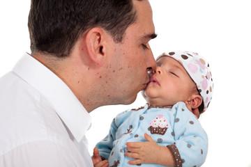 Papá con bebé de un mes