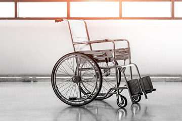 A wheelchair in black and white