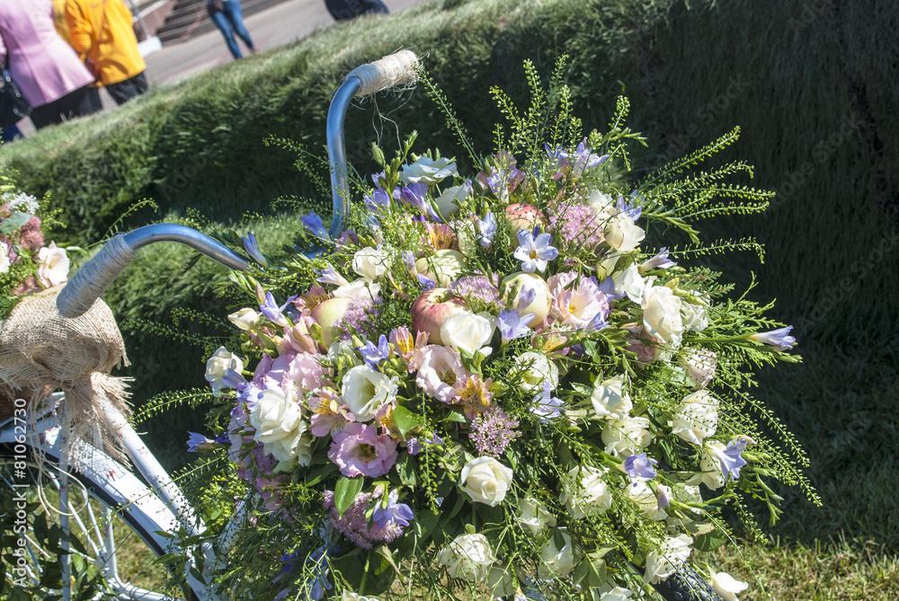 kwiat flora rower - powiększenie
