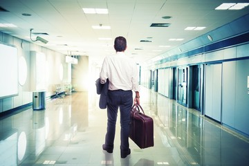 Businessman in airport ready to travel