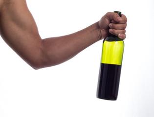 mano con una botella