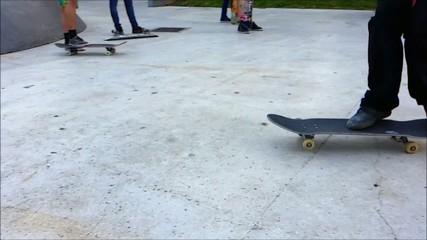 Skateboard in slow motion