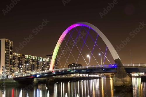 Zdjęcia na płótnie, fototapety, obrazy : famous Squinty bridge in Glasgow landmark over river Clyde