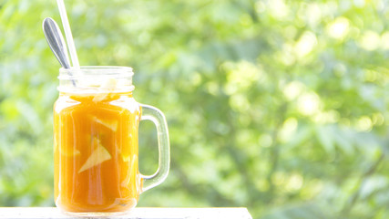 Carrot juice with flesh green apple