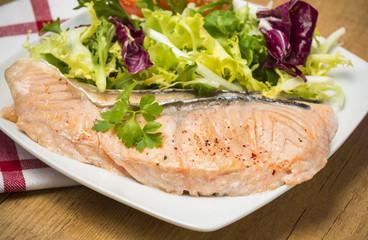 Rodajas de salmón a la plancha
