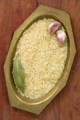 incooked rice