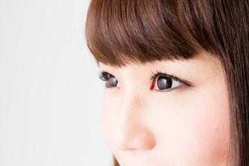young asian woman make up image
