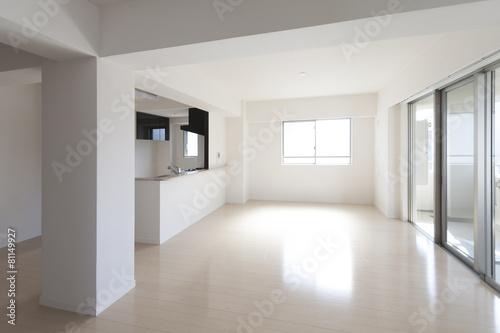 マンションのリビングダイニングキッチン 施工 イメージ シンプル家具なし - 81149927