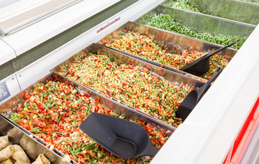 Sale of frozen vegetables in the hypermarket network
