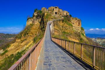 Ponte per Civita di Bagnoregio in Lazio
