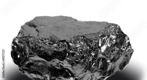 ein Stück Kohle, a lump of coal, anthrazit - 81177727