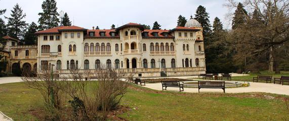 Vrana Palace