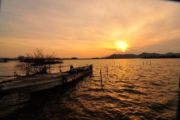 西の湖の夕焼け
