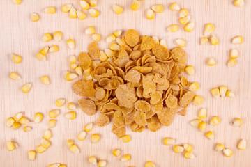 Cornflakes with corn grain
