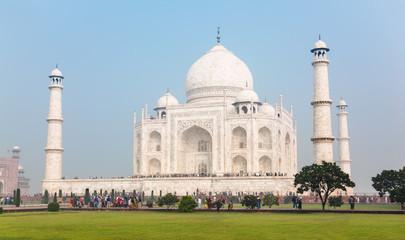 Crowds of tourists around Taj Mahal
