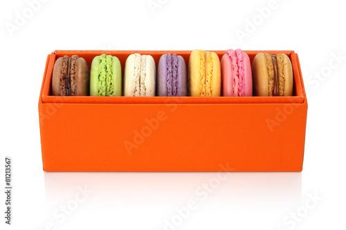 Papiers peints Macarons Macaroon in the orange box on white background. Dessert