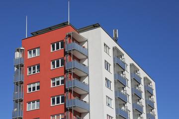 Wohn-Hochhaus