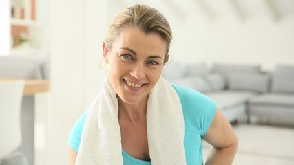 Portrait of mature woman in fitness outfit
