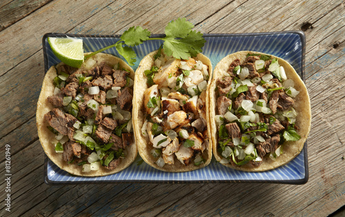 Deurstickers Grill / Barbecue Taco Trio