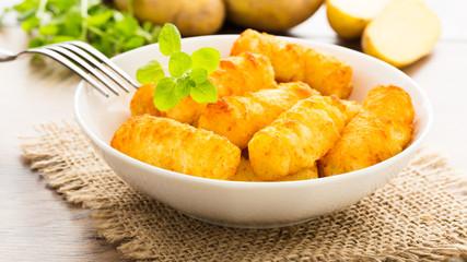 Kartoffelkroketten - potato croquettes