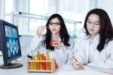 Teenage students in the laboratory